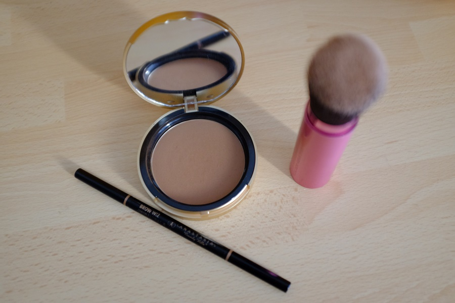 poudre too faced et brow wiz anastasia beverly hills